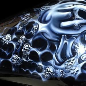 Airbrush-airbrush art-airbrush-motorbikes-airbrushed-harley-tank-airbrushed-harley-airbrushed-skulls-and-ghost-flames