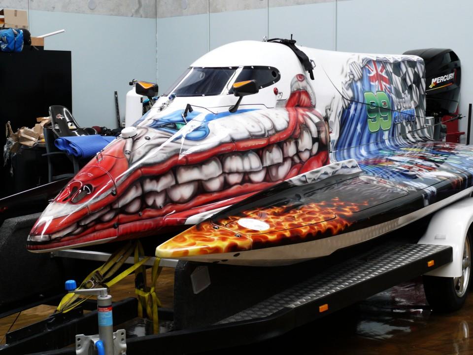 airbrush art-airbrush formula 1 race boat-airbrushart boat-airbrushart formula 1 race boat- 99 phyco clowns formula 1 race boat- 99 phyco clowns-airbrushing clowns5