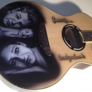 airbrush art-famliy portrait guitar-airbrush guitar-airbrush- airbrush art