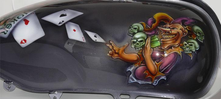 airbrush-motorbike,custom--joker-motorbike-1