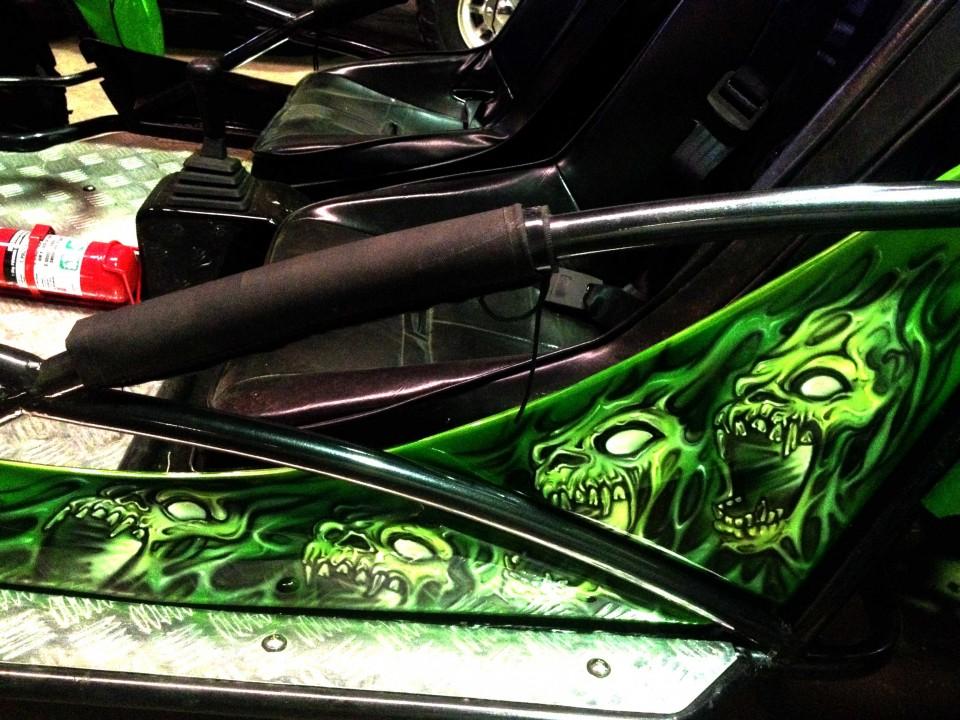 Airbrush Art-airbrush art perth-airbrush-Airbrush graphics--custom airbrush art-airbrush buggie green-airbrush car-airbrush skulls2